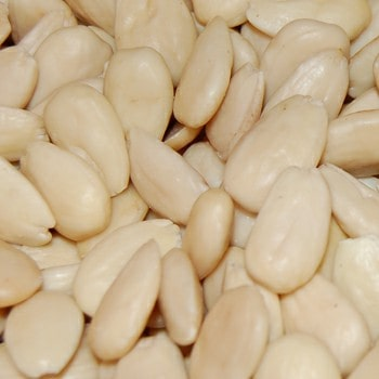 blanched almond's kernel